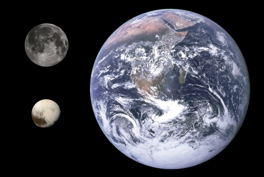 Pluto,_Earth_&_Moon_size_comparison